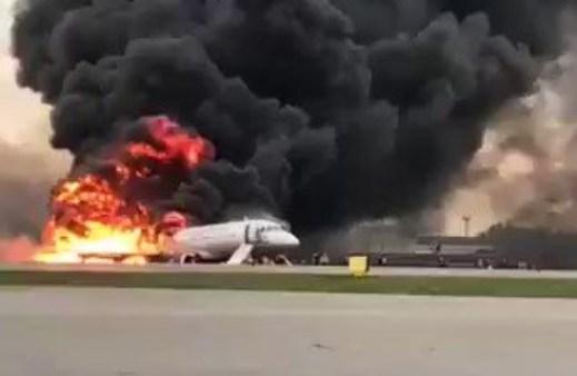 Disastro aereo di Mosca: e' stato un fulmine a provocarlo