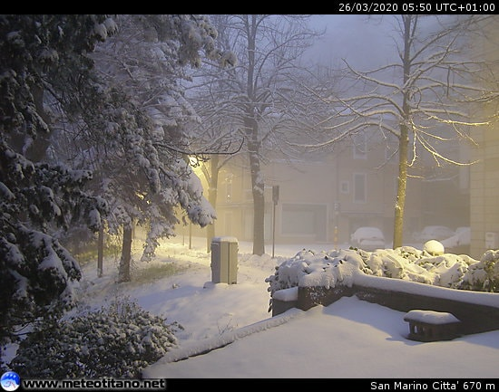 Maltempo: tanta neve a San Marino, fiocchi anche a Bologna