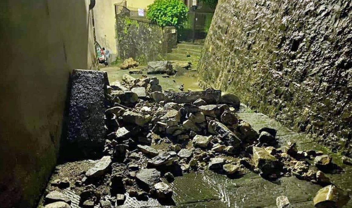 Notte di forte maltempo in Toscana: Garfagnana e lucchesia duramente colpite