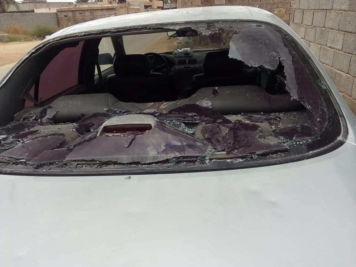 Devastante grandinata in Libia: auto distrutte da chicchi grandi fino a 10 centimetri!