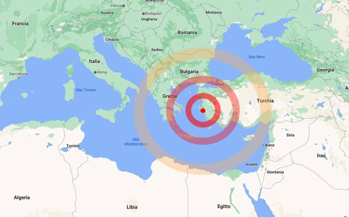 Fortissimo terremoto nel mar Egeo, panico da Atene a Istanbul, allarme tsunami