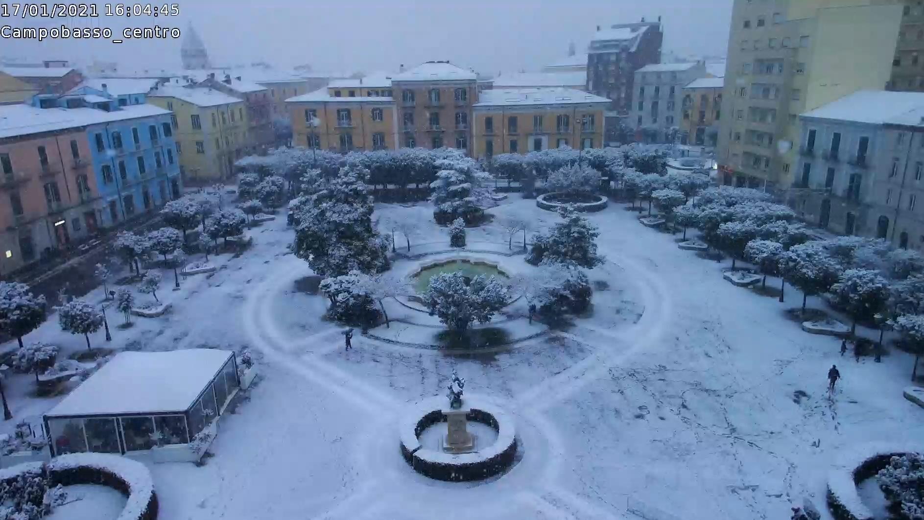 Neve a Campobasso, imbiancato il capoluogo molisano