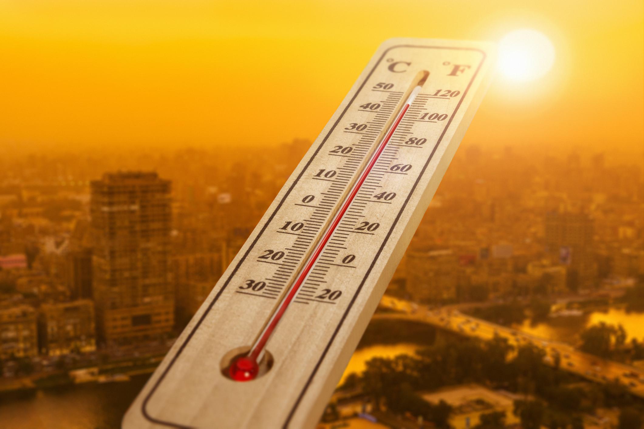 Caldo eccezionale tra Libia e Grecia, abbattuti i record di aprile: 44°C a Sirte!
