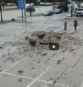 Texas: fulmine in stazione di servizio, esplosione genera cratere [VIDEO]
