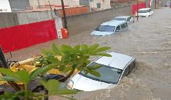 Alluvione nel messinese: fiumi di fango travolgono auto e case a Terme Vigliatore