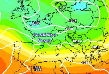 Meteo 13-14 maggio: piogge in arrivo con il vortice ciclonico
